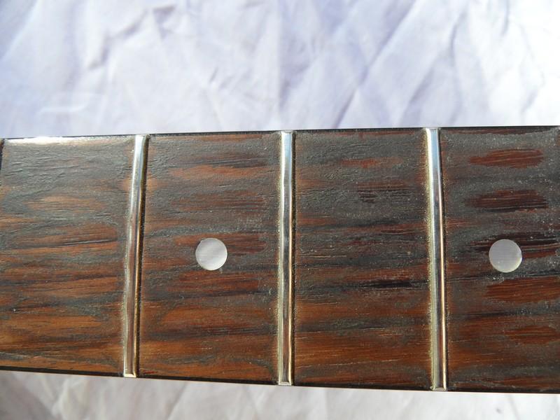 comment nettoyer sa guitare avec les produits du quotidien ... - Nettoyer Une Peinture A L Huile Encrassee